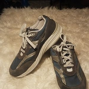 SAS Shoes Suede and Fabric Size 8